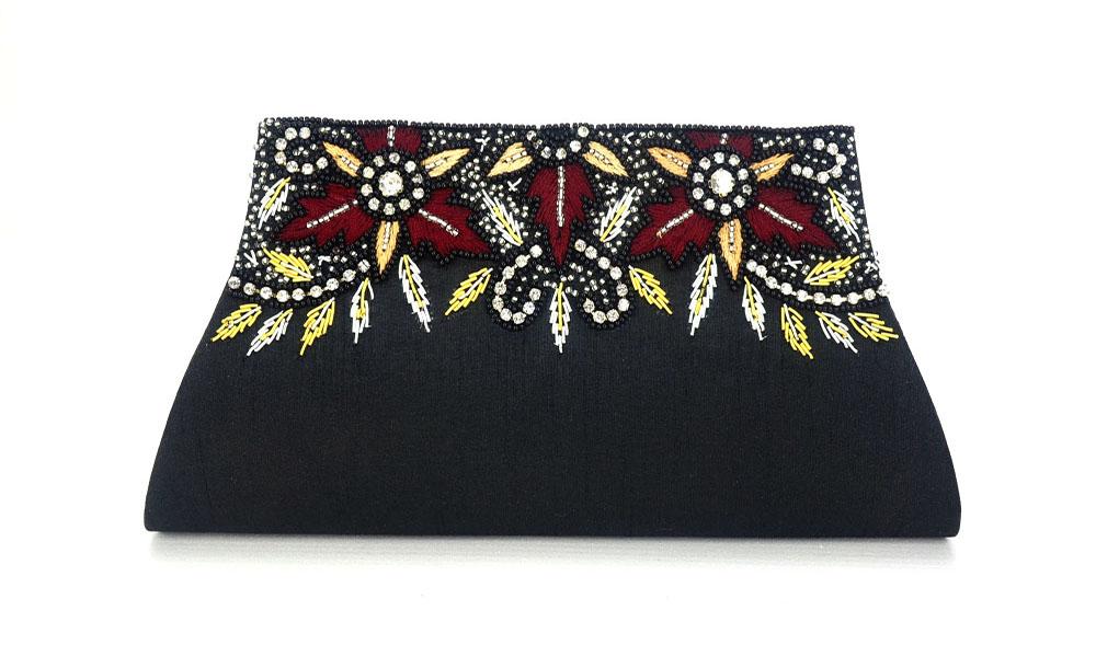 Bolsa De Festa Diferente : Bolsa clutch preta bordada com flores elo