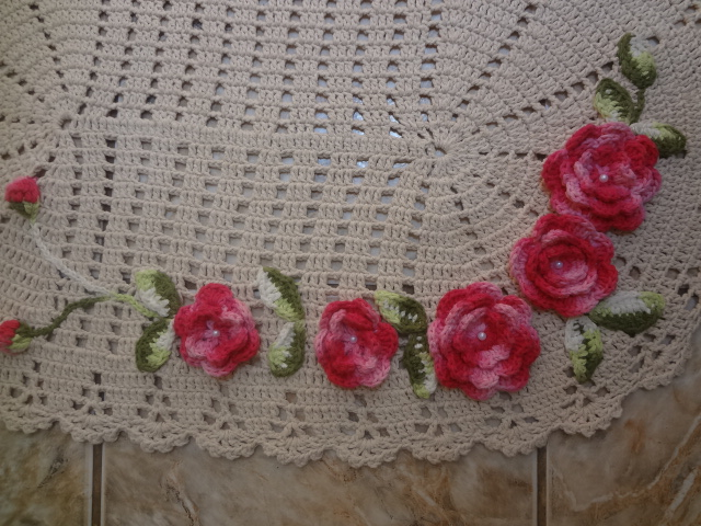 Tapete Floral Para Banheiro : de banheiro flores aplicadas crochebarbante jogo de banheiro flores