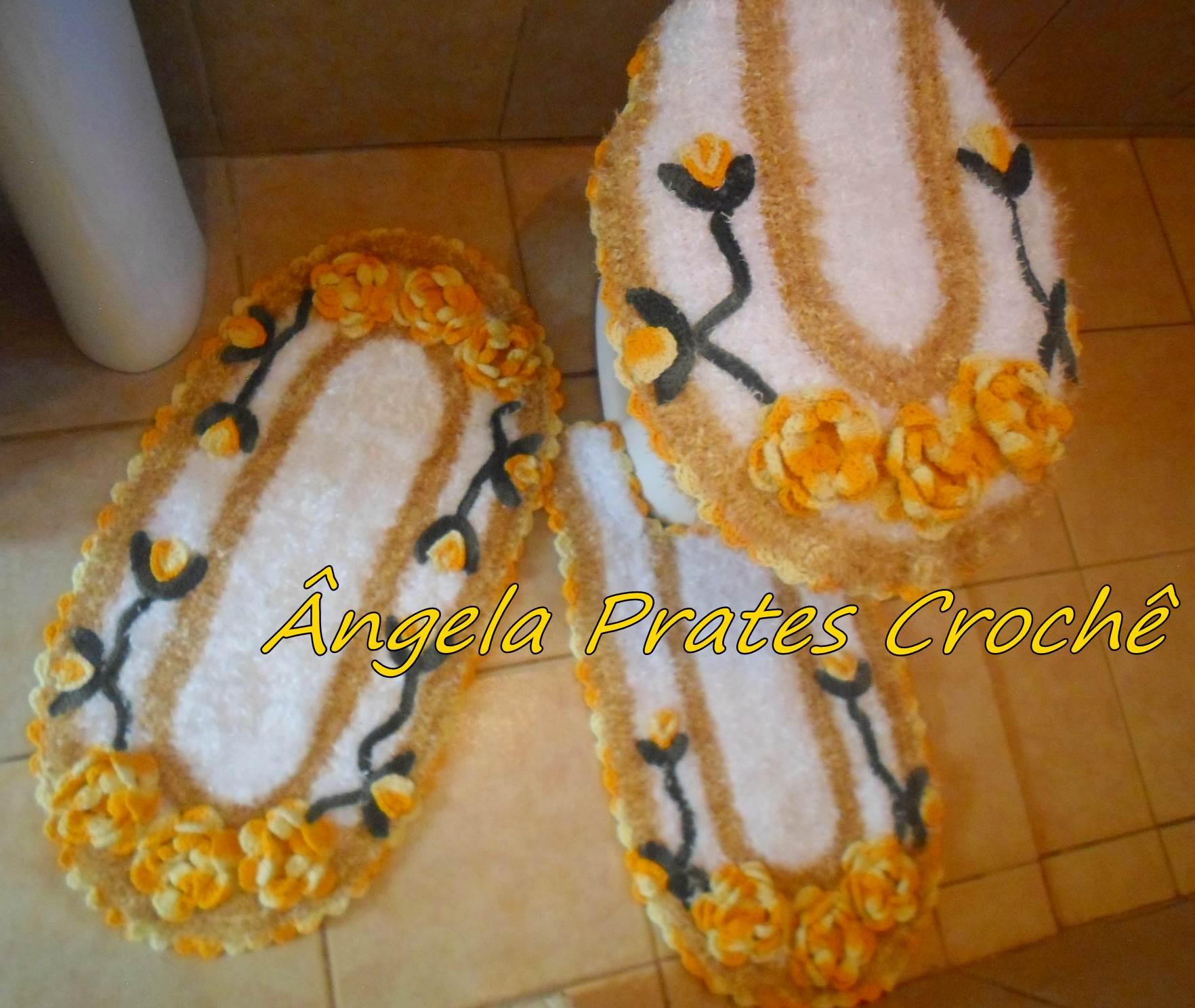 Tapete peludinho branco e amarelo Ângela Prates Crochê Elo7 #C4AC07 1764 1488