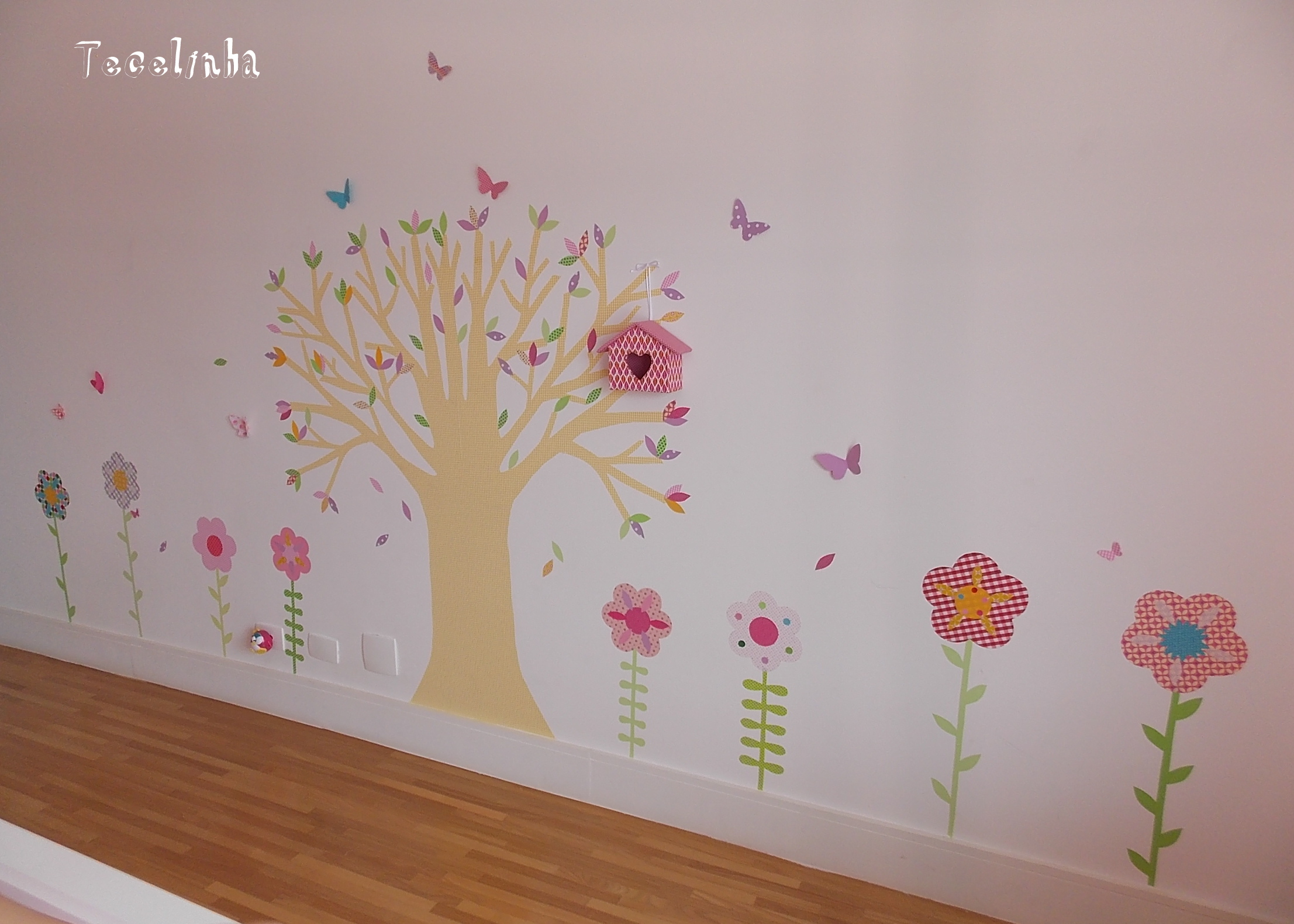 decoracao quarto de bebe jardim encantado : decoracao quarto de bebe jardim encantado:jardim encantado com arvore adesivos quarto de menina jardim encantado