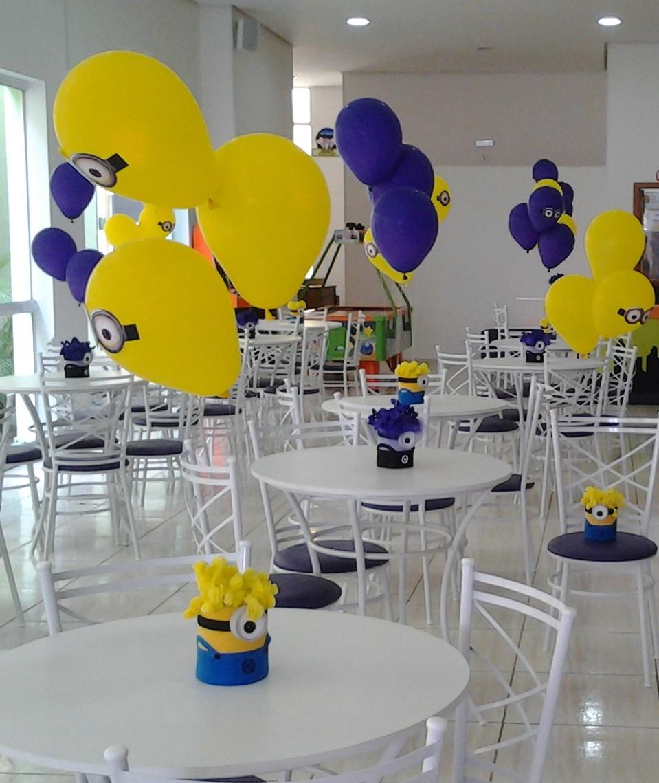The gallery for centros de mesa de minions - Mesa centro original ...