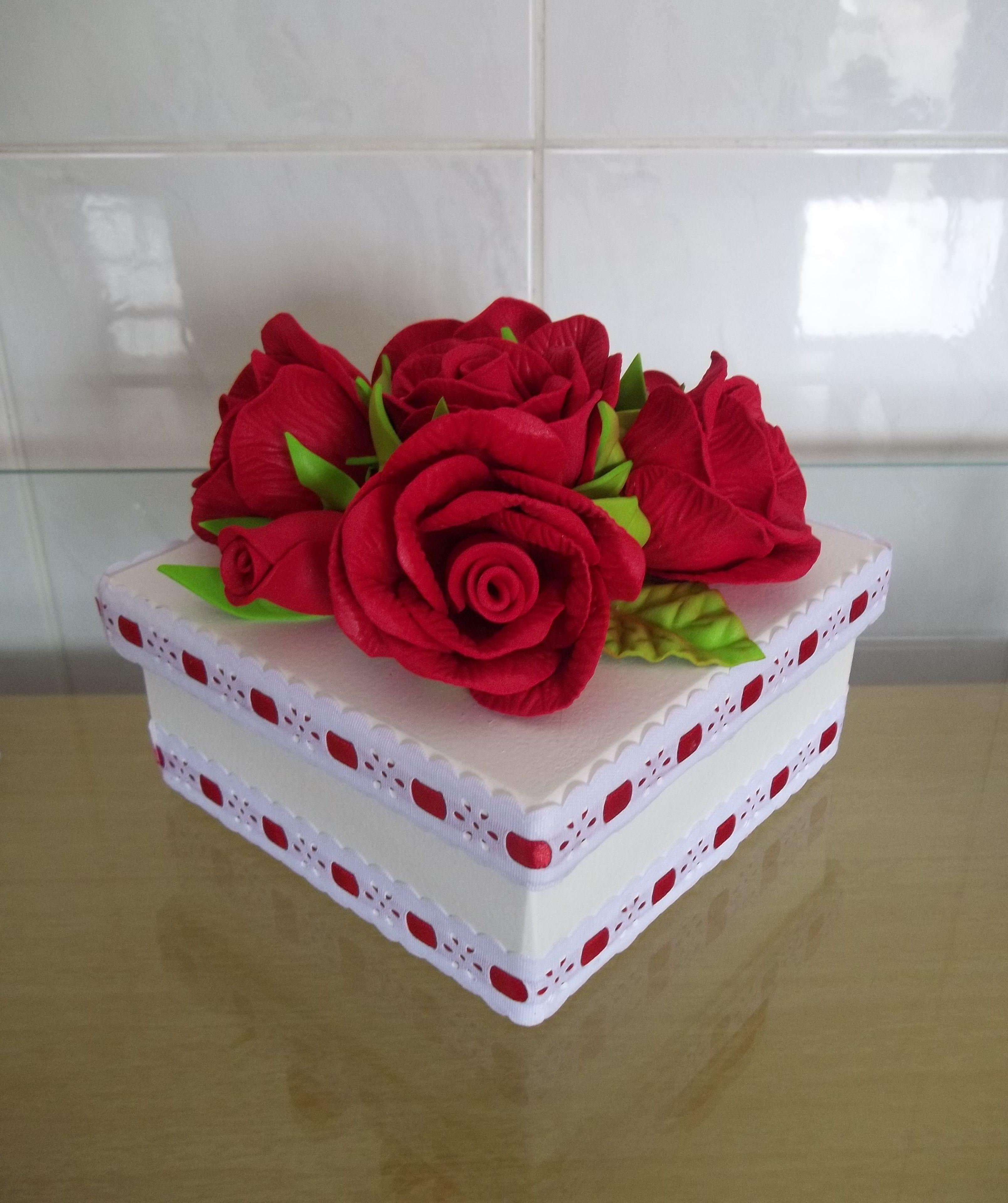 com flores em eva presente caixa em mdf decorada com flores flores #B11533 3216x3838
