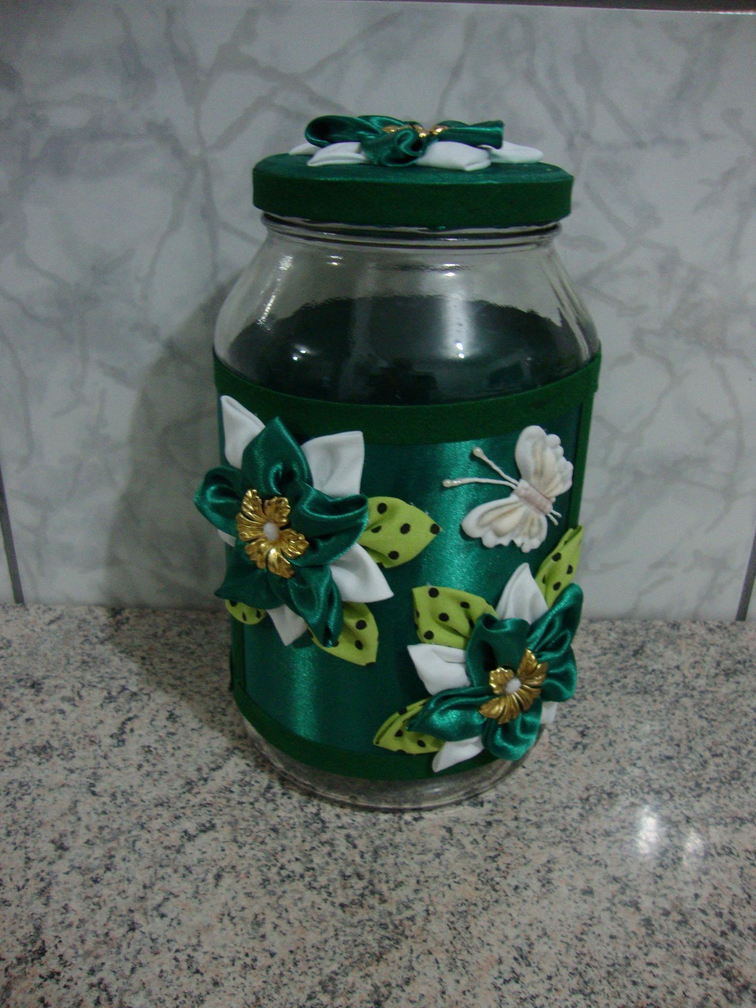 #336C63 Potes de vidros decorados. Potes de vidros decorados. Potes de vidros 1560 Vidros De Janelas Decorados