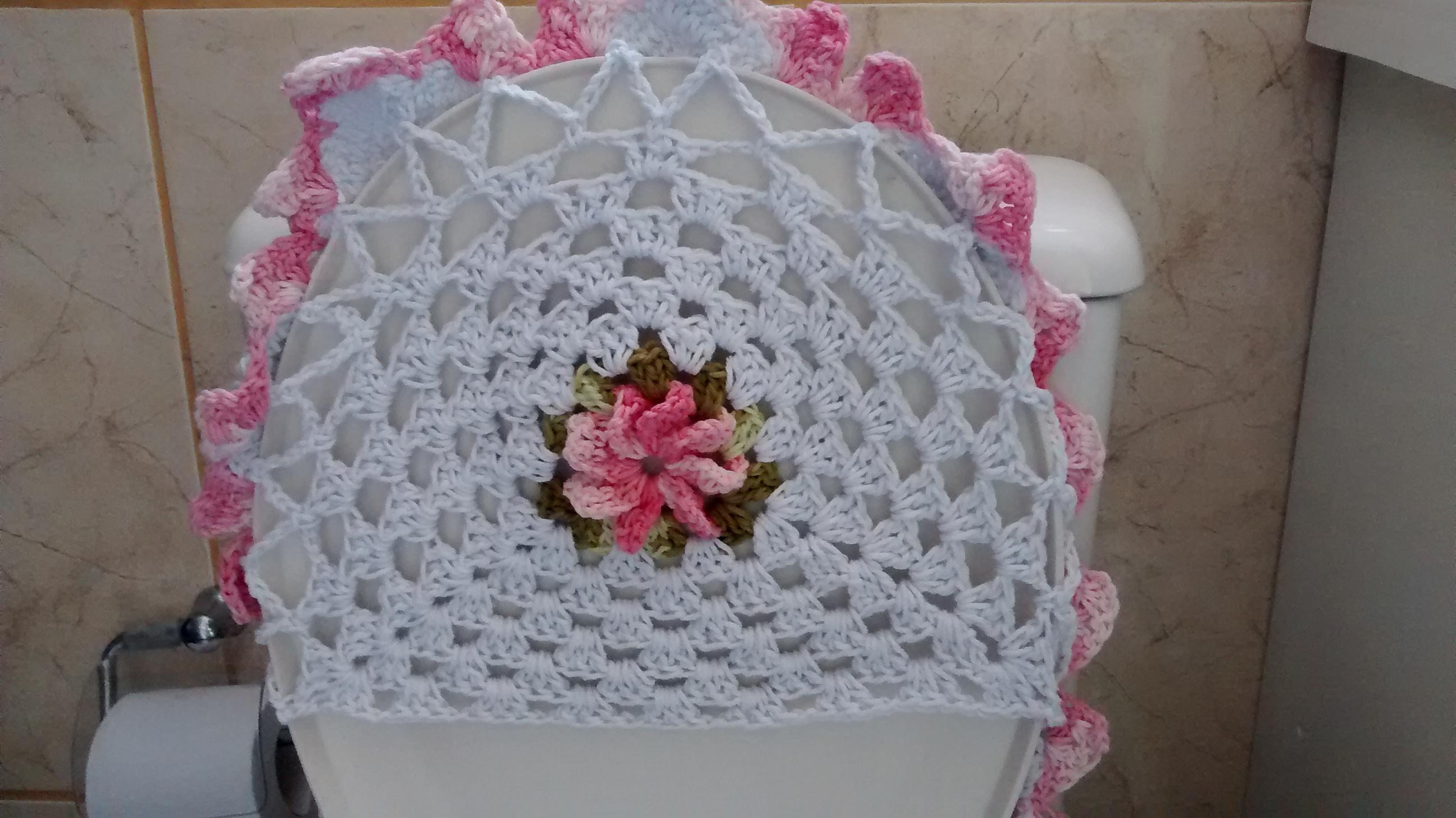 banheiro branco e rosa bebe tapete de barbante jg de banheiro branco e  #87445D 2592x1456 Banheiro Branco E Rosa