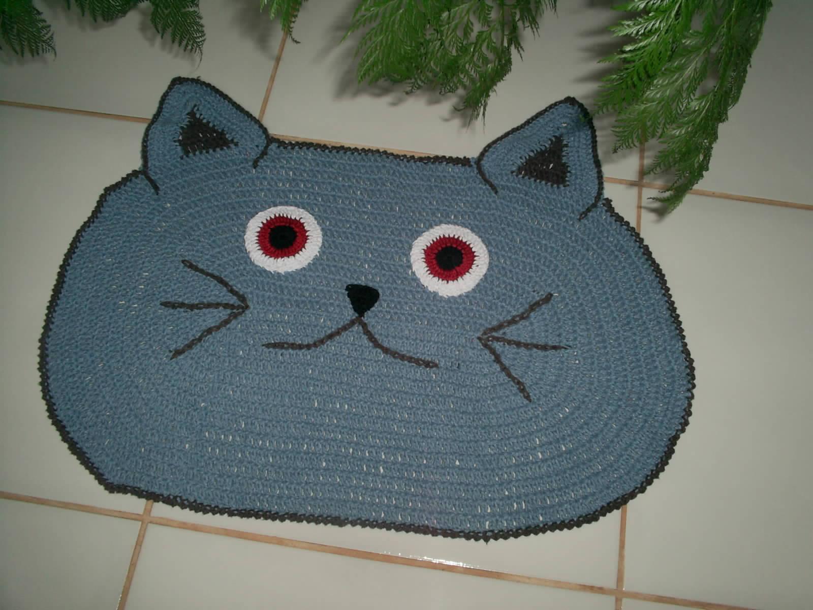 tapete gato azul tapete de croche gato #6A2327 1600x1200 Banheiro De Gato Fechado