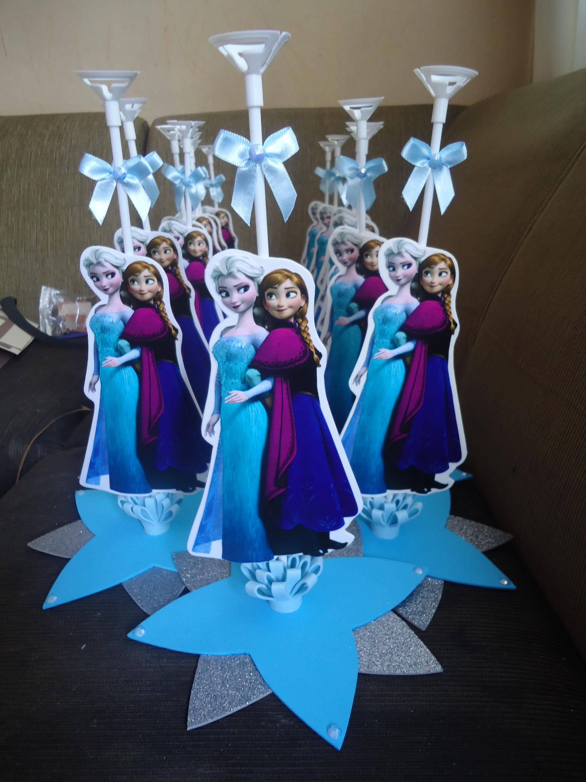 Centro de mesa frozen mayara bioarts elo7 for Centros de mesa de frozen