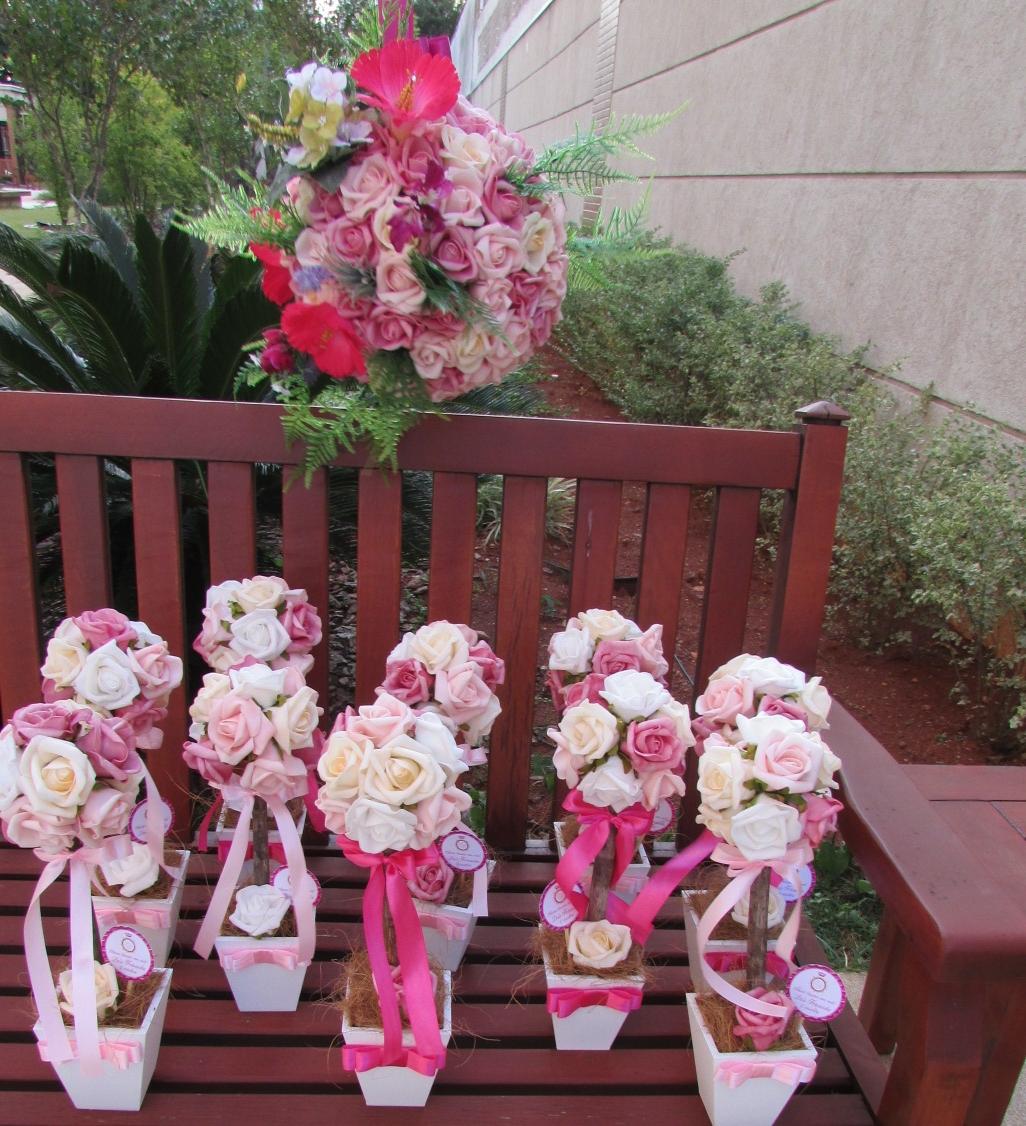 enfeite de mesa aniversario jardim encantado:Kit festa jardim encantado rosa&pink II Kit festa jardim encantado