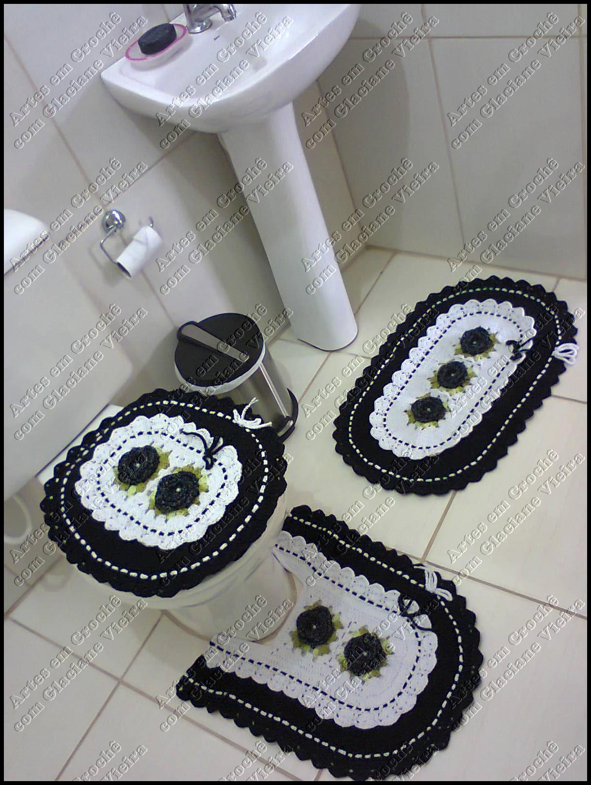 Jogo de Banheiro Preto e Branco Jogo de Banheiro Preto e Branco Jogo  #414364 1216x1616 Armario Para Banheiro Branco E Preto