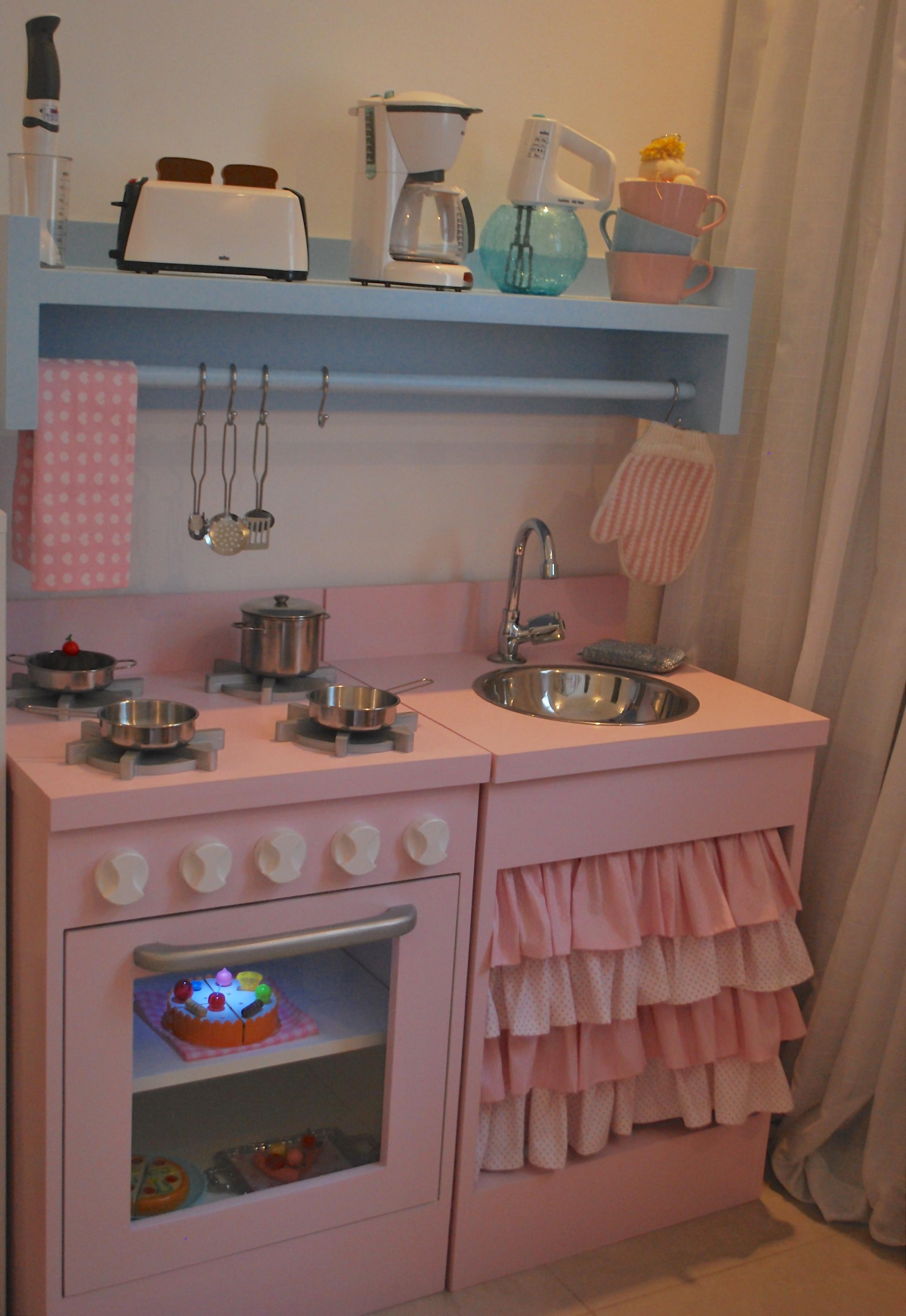 Peças De Cozinha Infantil Fogão Geladeira Armário Ou Pia Pictures  #0B71C0 2474 3592