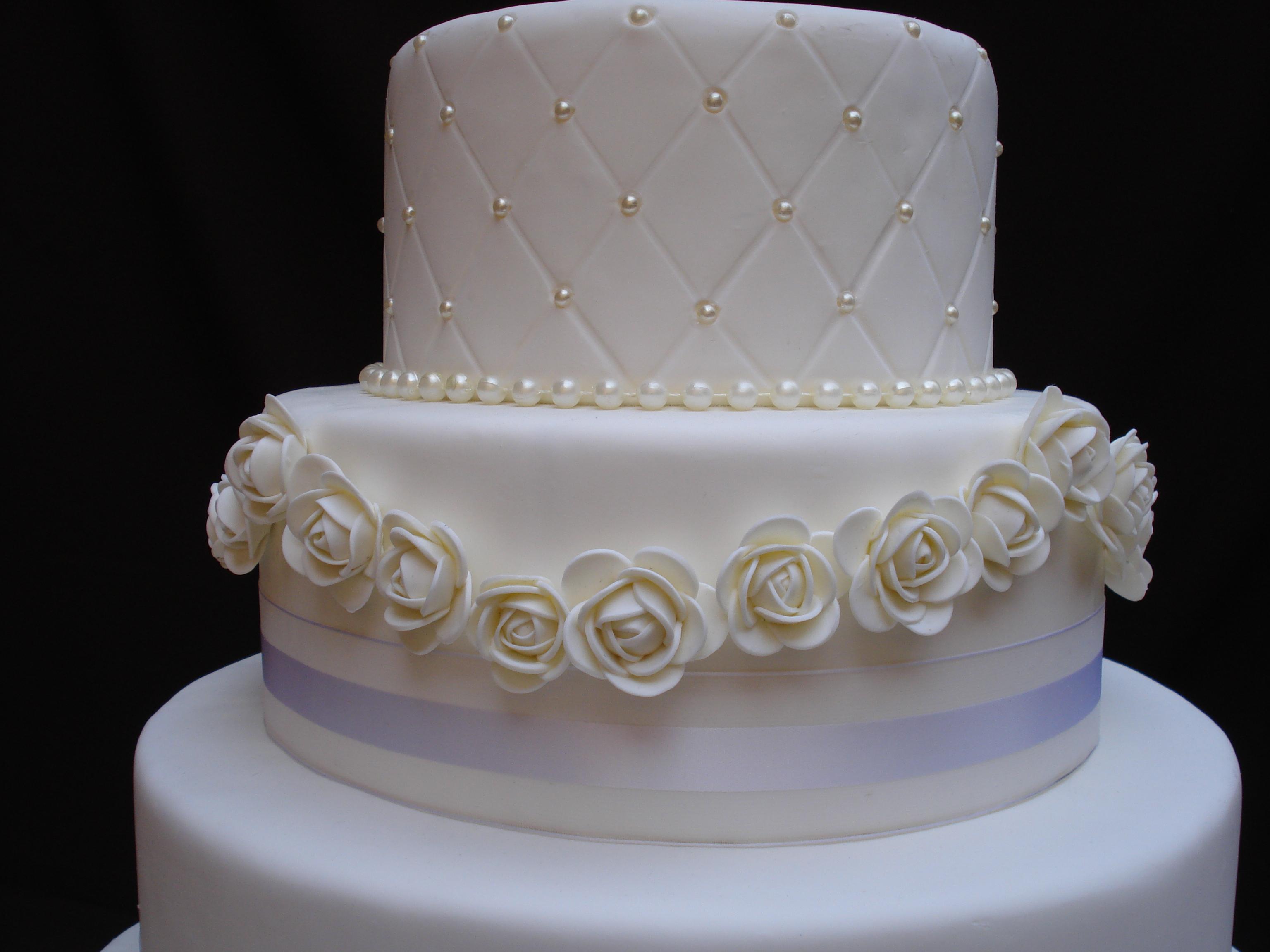 bolo-de-casamento-super-delicado-bolo-casamento-rosas.jpg