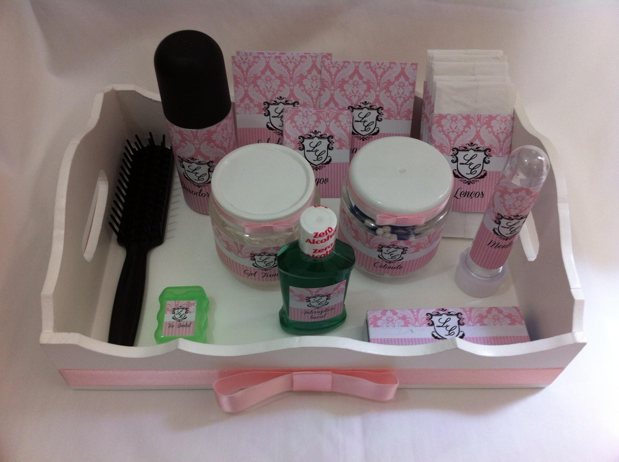 Kit para banheiro Feminino e Masculino  By Débora Castro  Elo7 -> Kit Banheiro Feminino