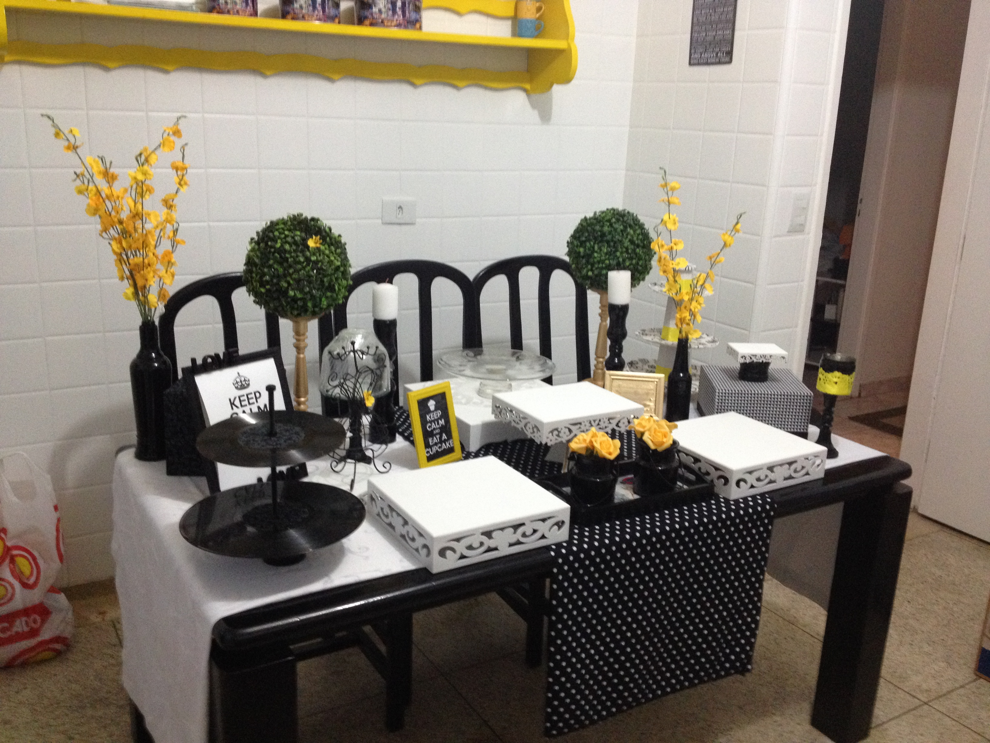 decoracao de aniversario azul e amarelo : decoracao de aniversario azul e amarelo: amarelo e preto aniversario decoracao festa amarelo e preto cha de