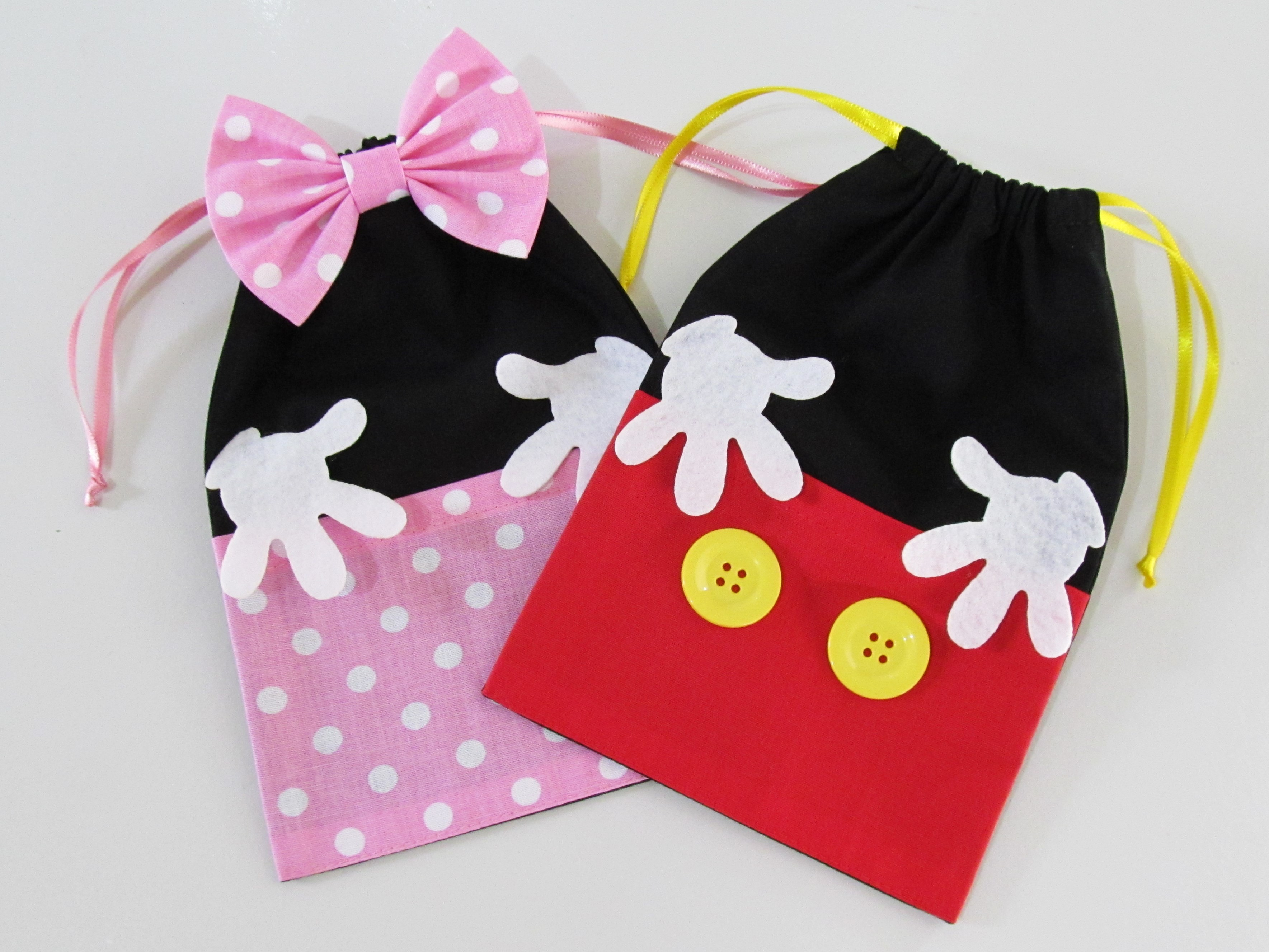 Saquinho Minnie Rosa  13 x 18 cm Saquinho Minnie Rosa  13 x 18 cm