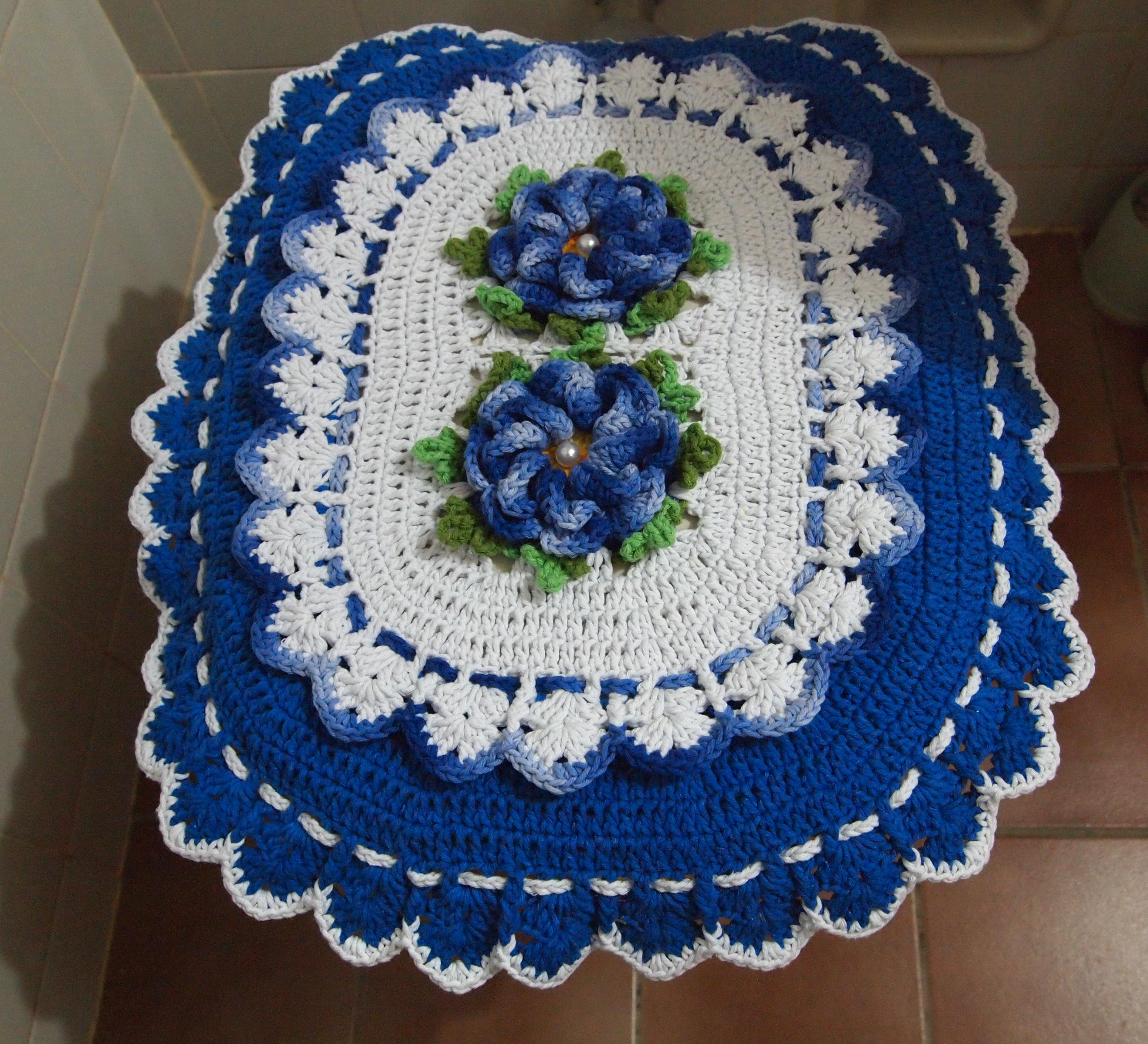 branco banheiro jogo de banheiro azul e branco croche #0E346F 3209x2919 Banheiro Azul