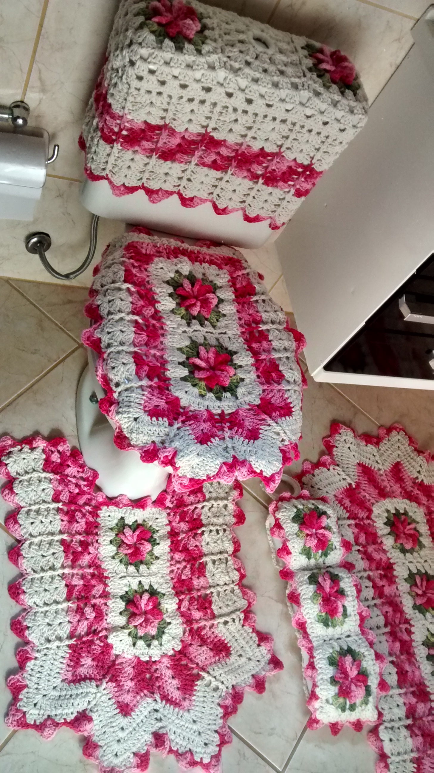jogo de banheiro flores e bicos 5 pecas jogo de banheiro em barbante #822038 1456x2592 Banheiro Acessível Com Caixa Acoplada