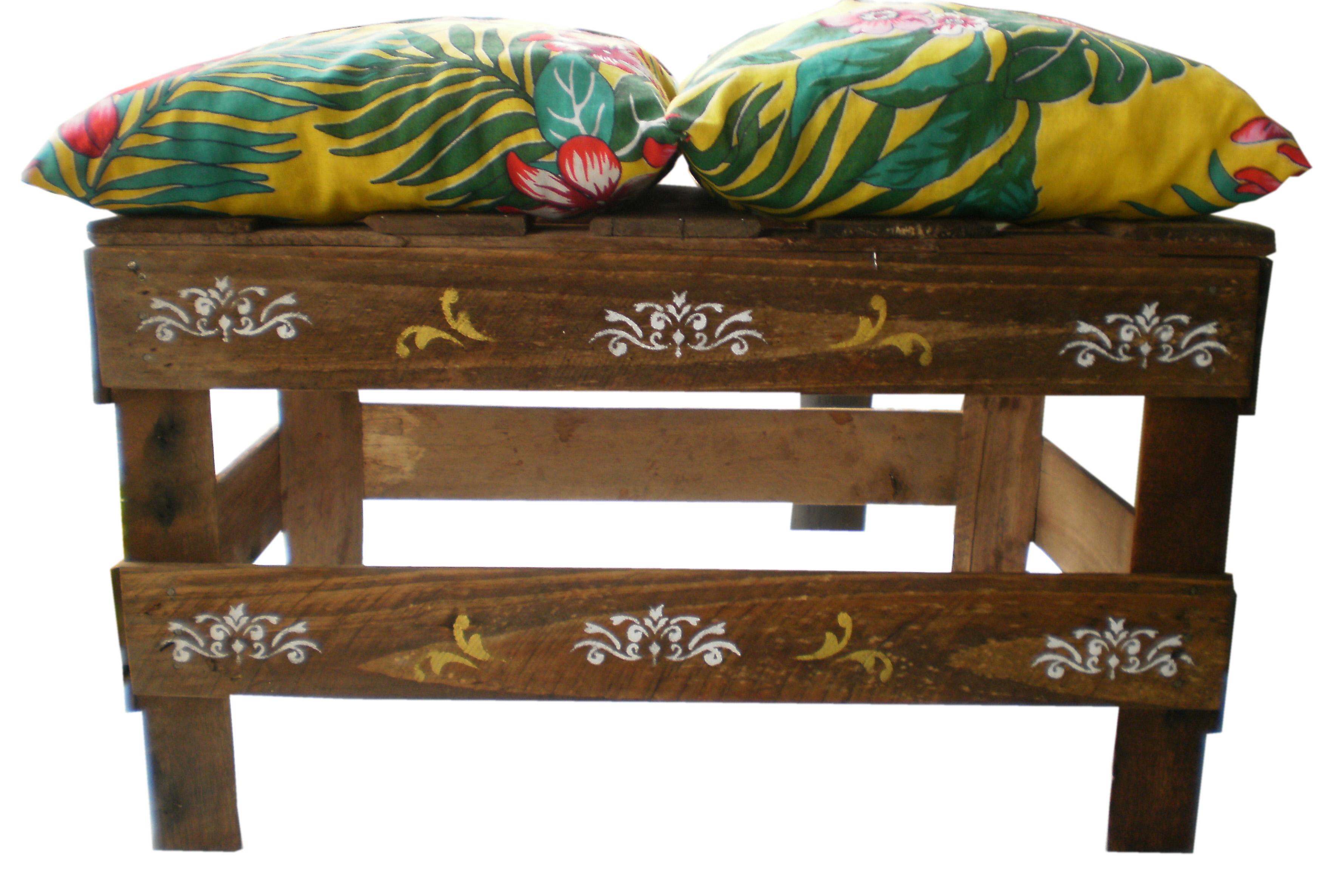 caixote arabesco c almofadas almofada #AC8B1F 3525x2371