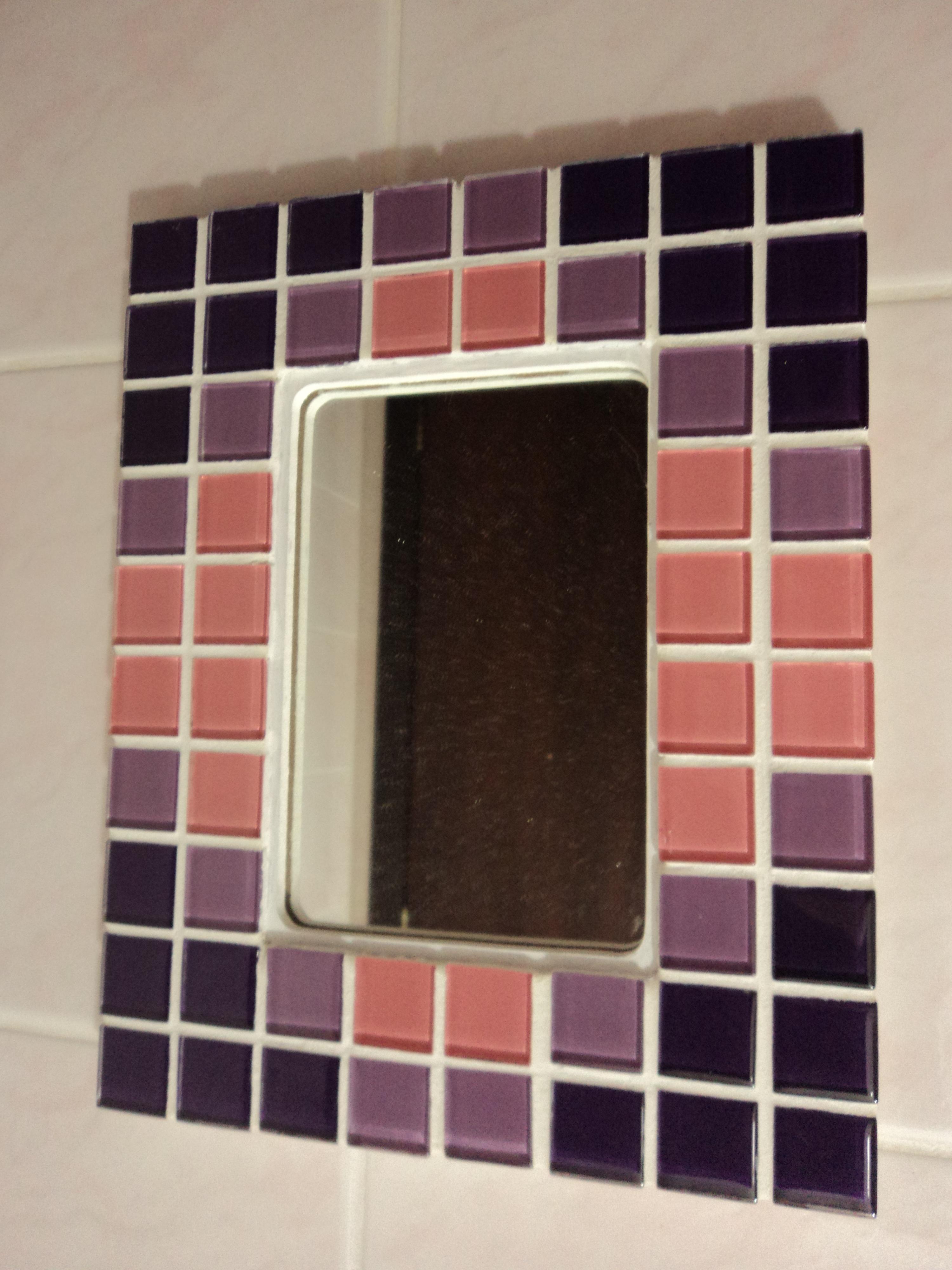 Mosaico Em Pastilhas De Vidro Cerâmica Pedras E Vidro Pictures to pin  #8E423D 3000x4000 Banheiro Com Pastilhas Lilas