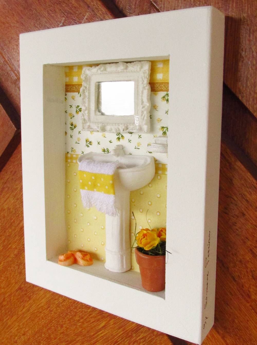 Pia com espelho  amarelo 8A  KittyArtes  Elo7 -> Armario De Banheiro Amarelo