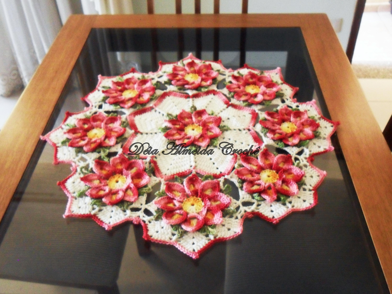 Centro de mesa tapete flor de maracuja tapete car for Tapete mesa