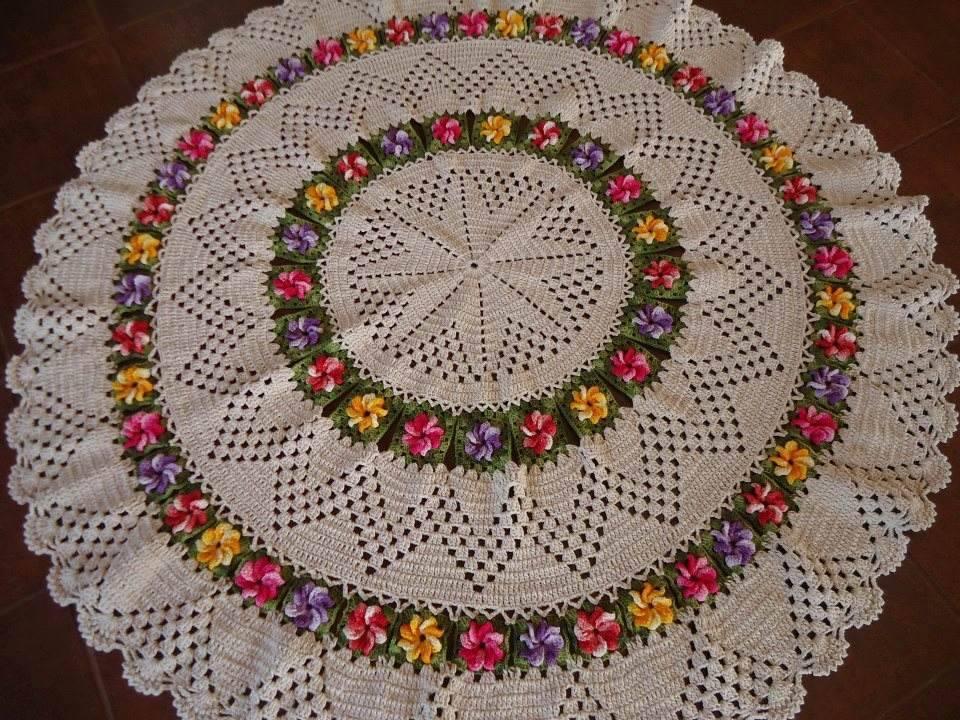 Arte Brasil Tapete Cinderela : tapete-redondo-1-50m-de-croche-tapete-de-croche-de-um-metro-e-meio.jpg