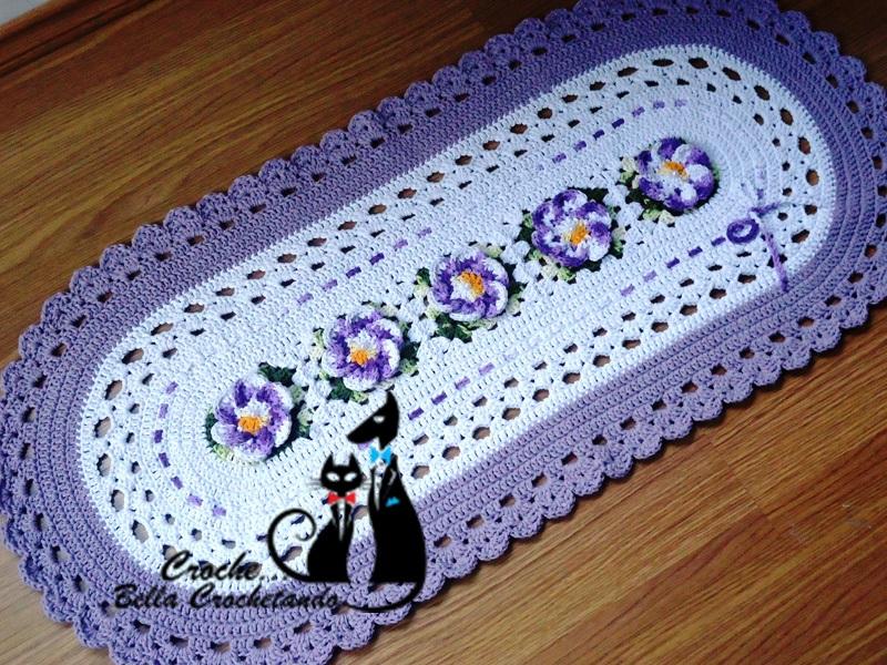 Tapete para meninas ou caminho de mesa croch bella for Tapete mesa