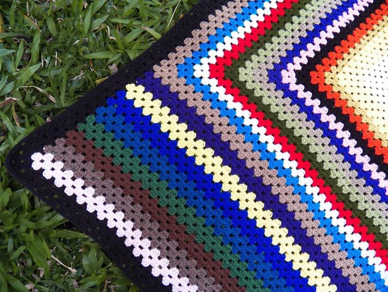 Colcha a ganchillo en lana de colores aprender for Mantas de lana de colores