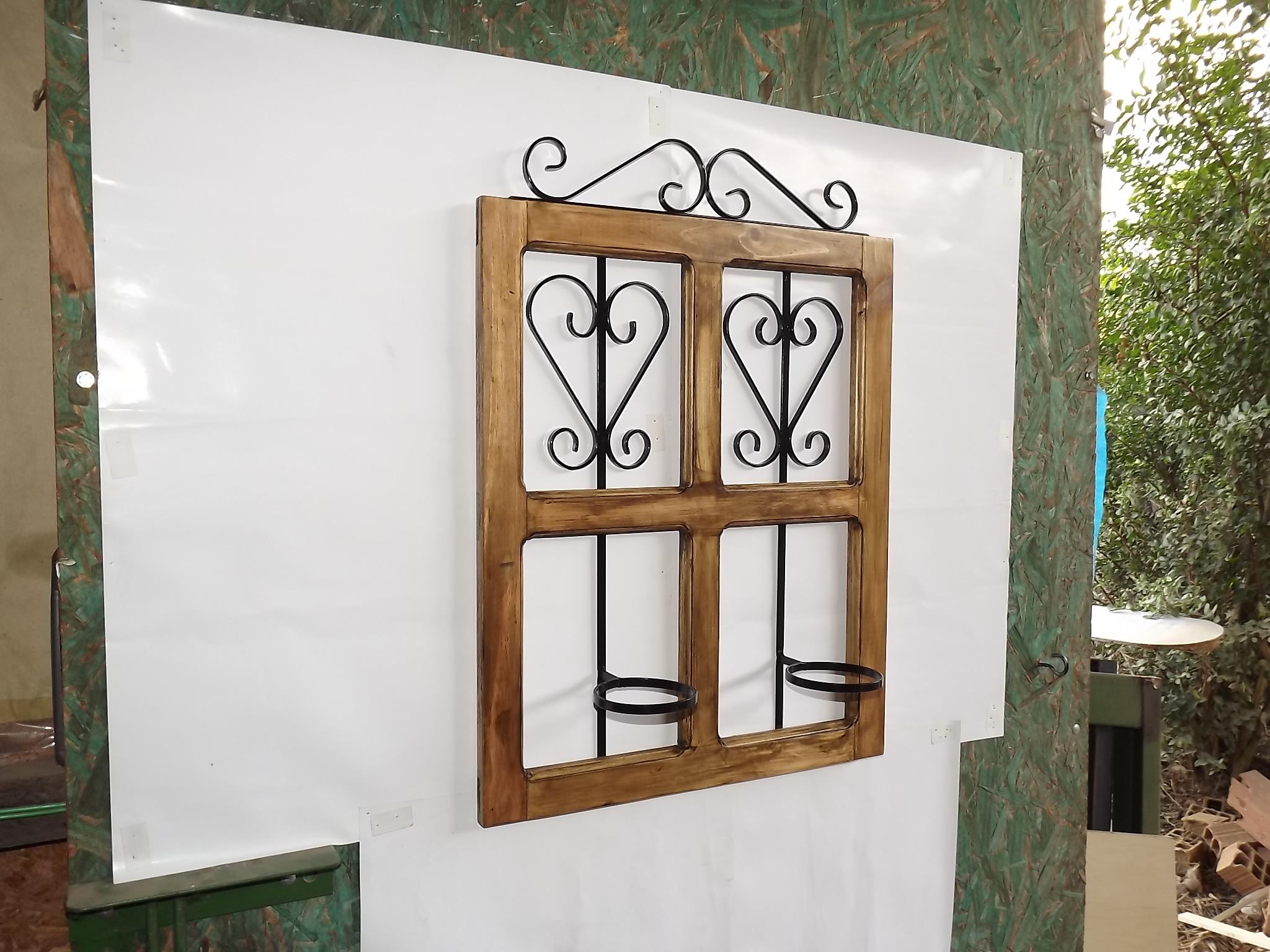 #69492C  madeira e ferro rustico jalelinha floreira em madeira e ferro jardim 1604 Vidros Para Janelas De Madeira