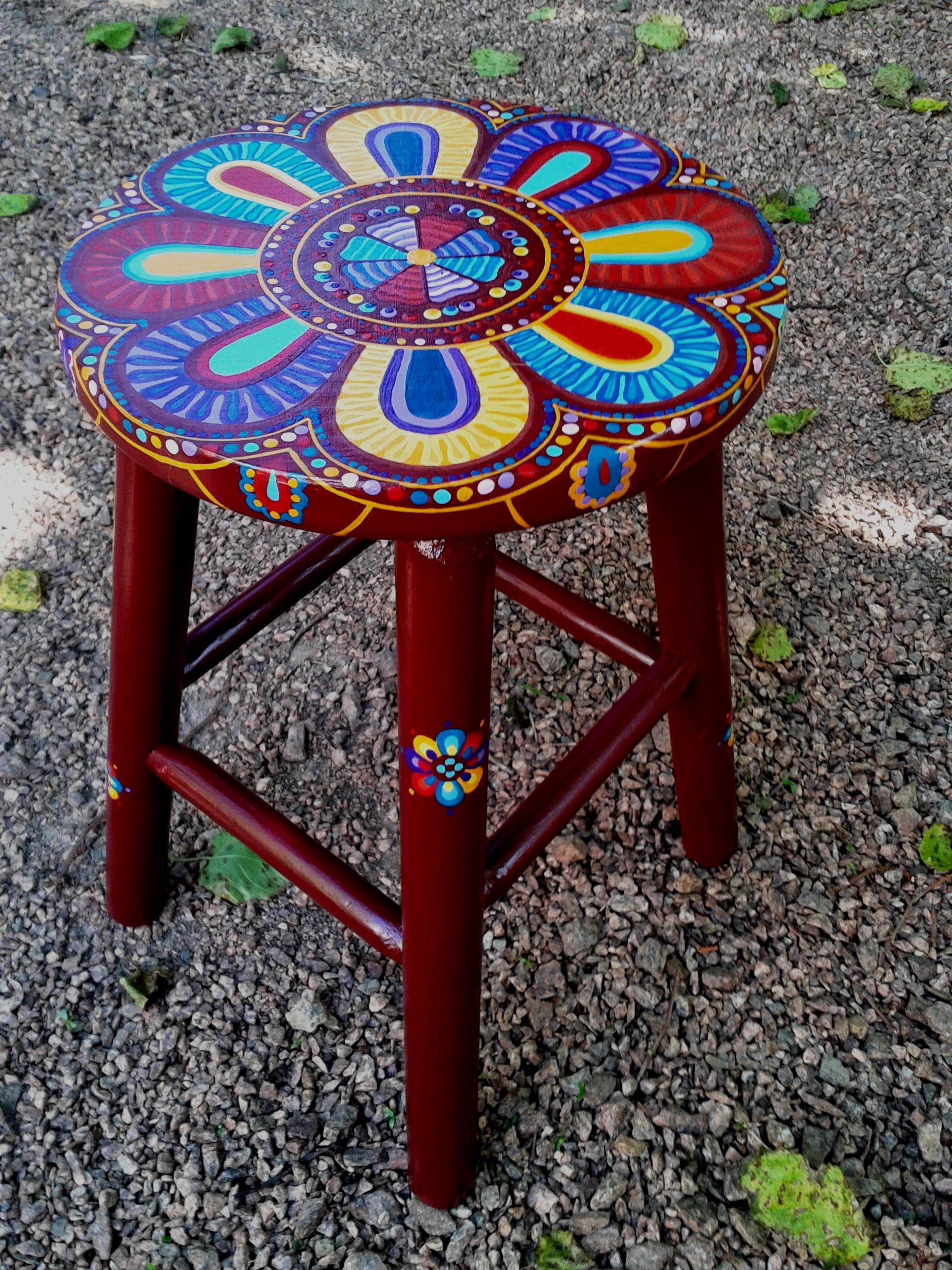 banco de madeira flor da india pintado a mao #1B6FB0 1920x2560