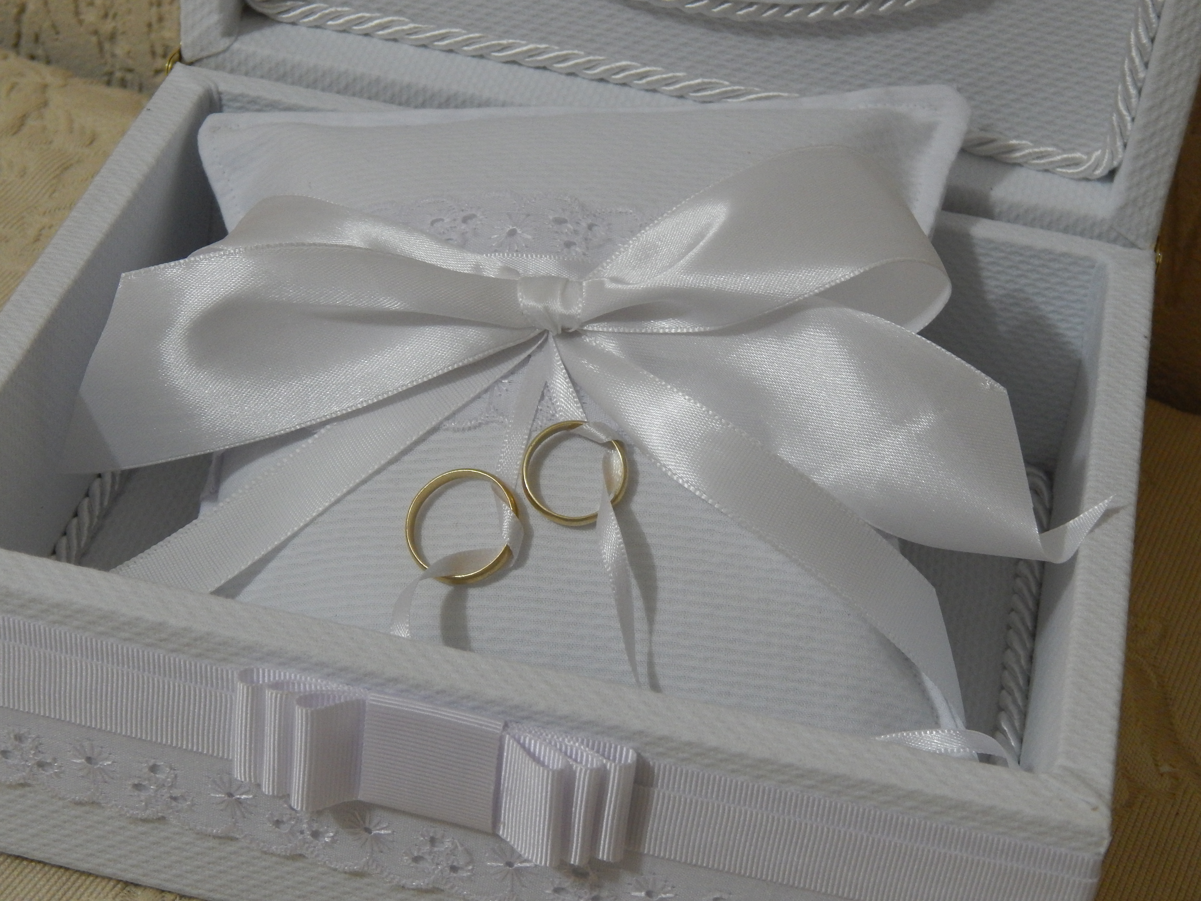 caixa para aliancas de casamento almofada caixa para aliancas de  #463E30 4608x3456