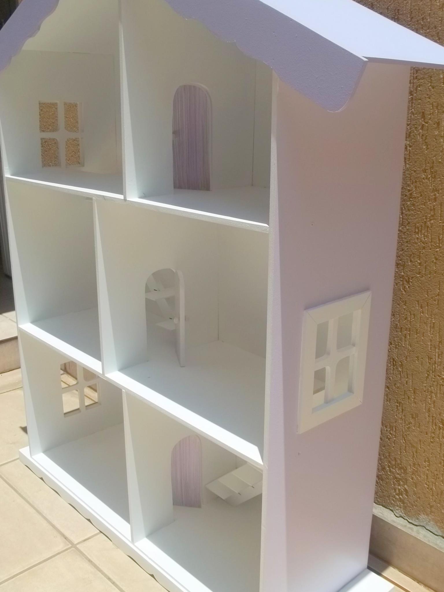 casa de madeira para barbie pintada casinha de madeira #695035 1536x2048 Banheiro Da Barbie De Papelão
