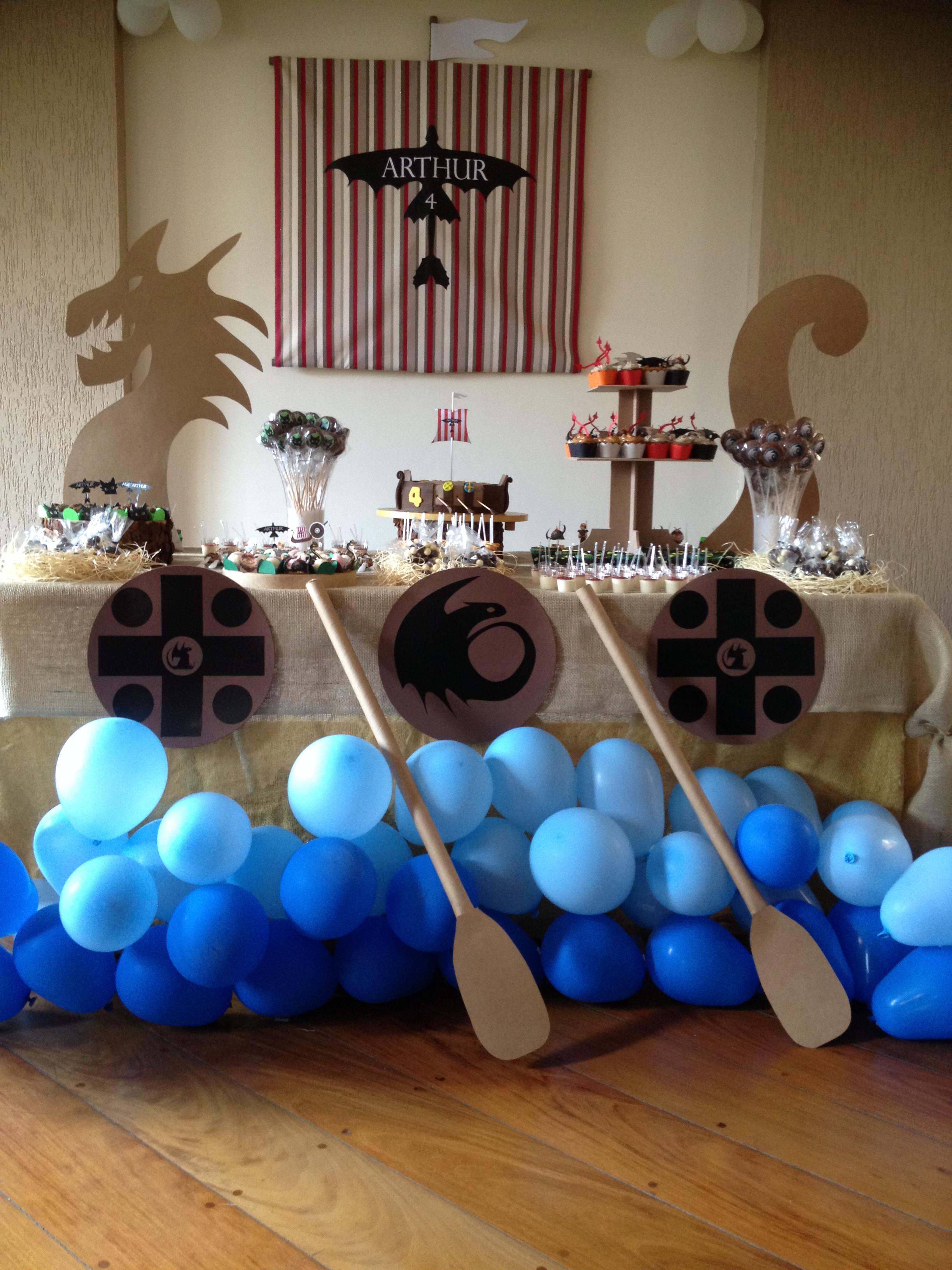 decoracao festa do zorro : FESTA DRAG?O ou Viking DESIGN 5 Festas - Andrea Ma?zano ...