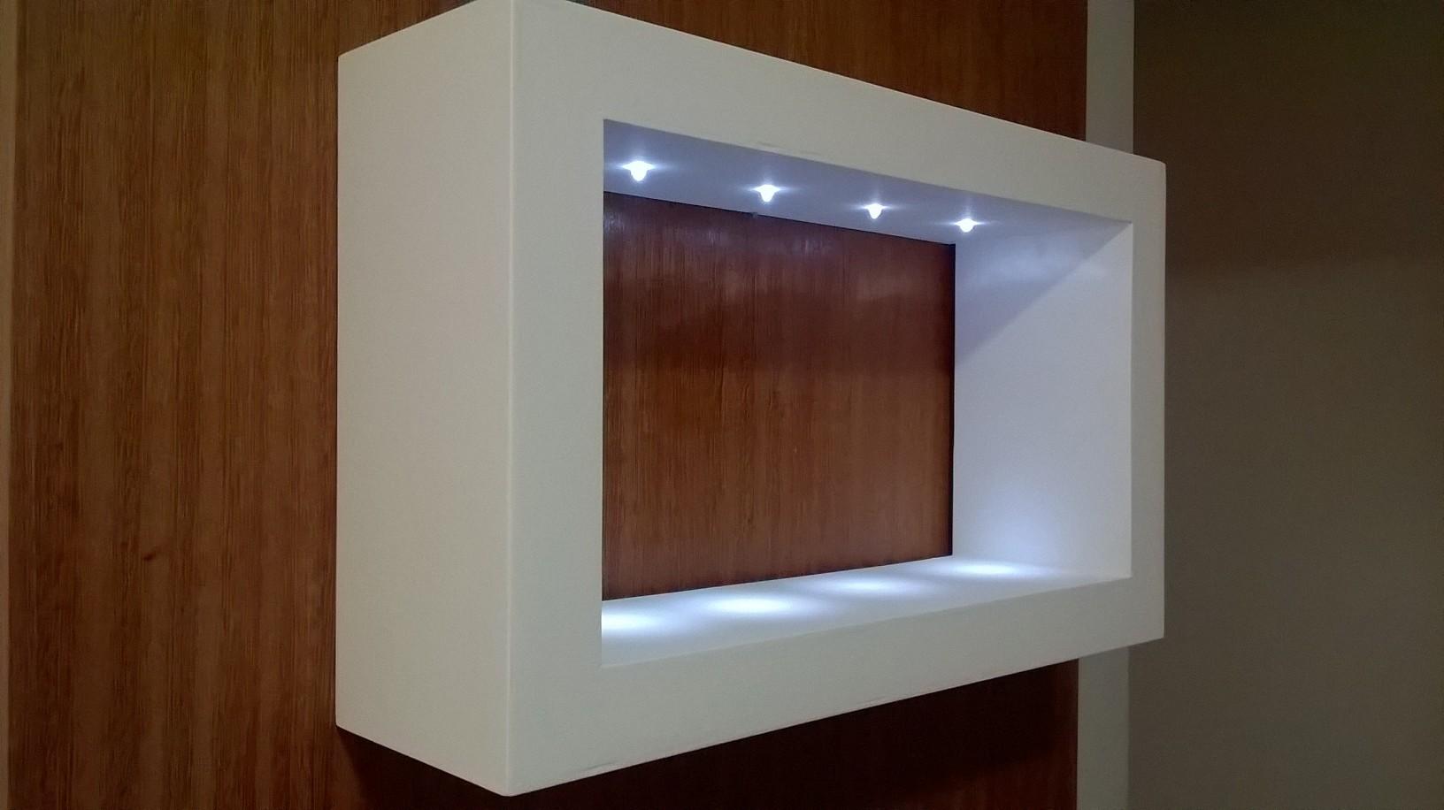 Nicho vazado 52x13x31 cm com LEDs  Schimidt Artes  Elo7 -> Nicho Banheiro Led