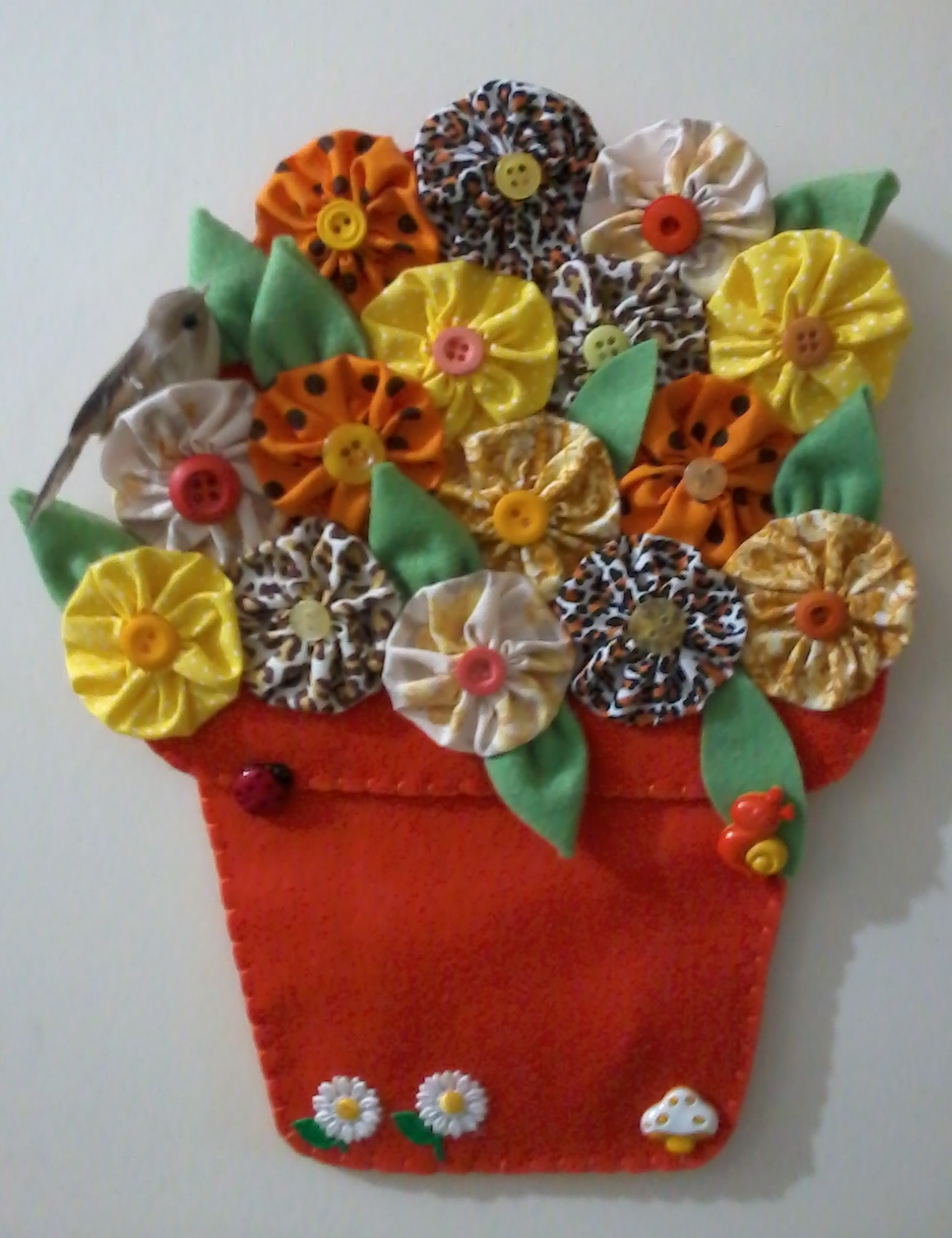 Enfeite De Vaso ~ Vaso com flores enfeite de porta Guria dos Fuxicos Elo7