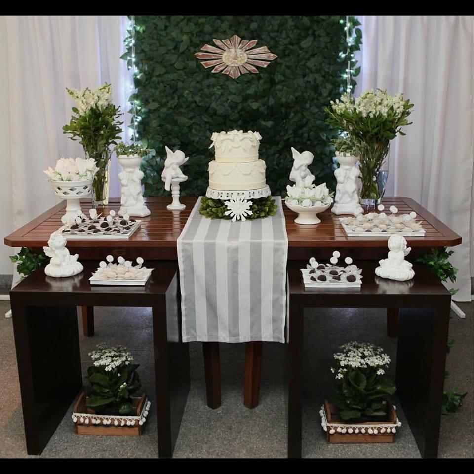 Decoraç u00e3o Batizado ou Primeira Comunh u00e3o Selfestas Elo7 -> Decoração De Primeira Comunhão Simples Com Flores