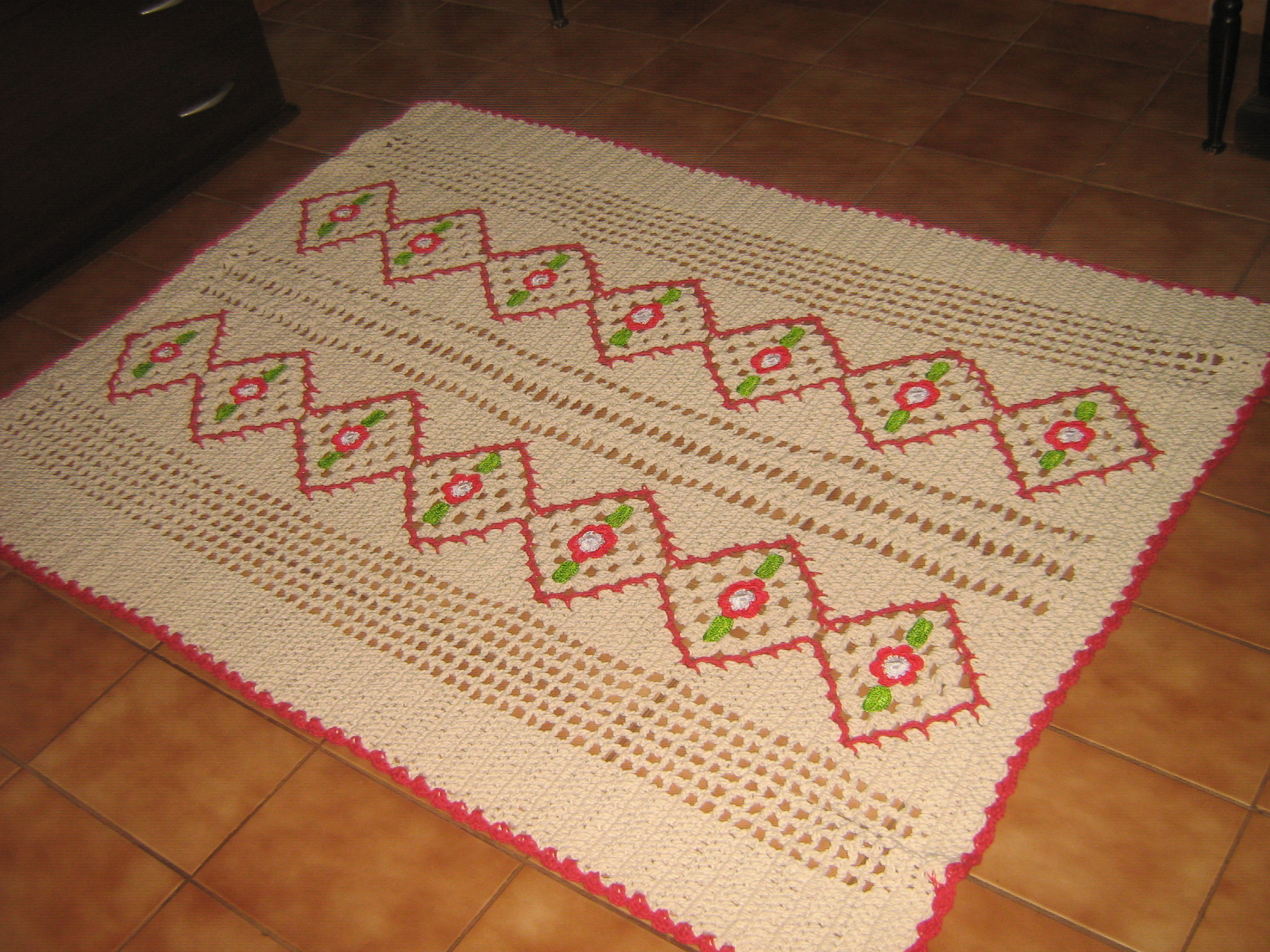 tapetes de croche para sala bordado