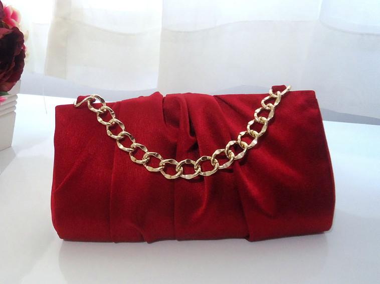 Bolsa De Mão Para Festa Vermelha : Bolsa social festa vermelha dagi bolsas e clutches elo