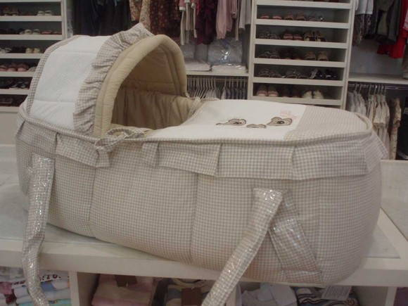 Mois s para beb s manta personalizada sllie petit - Cesto para mantas ...