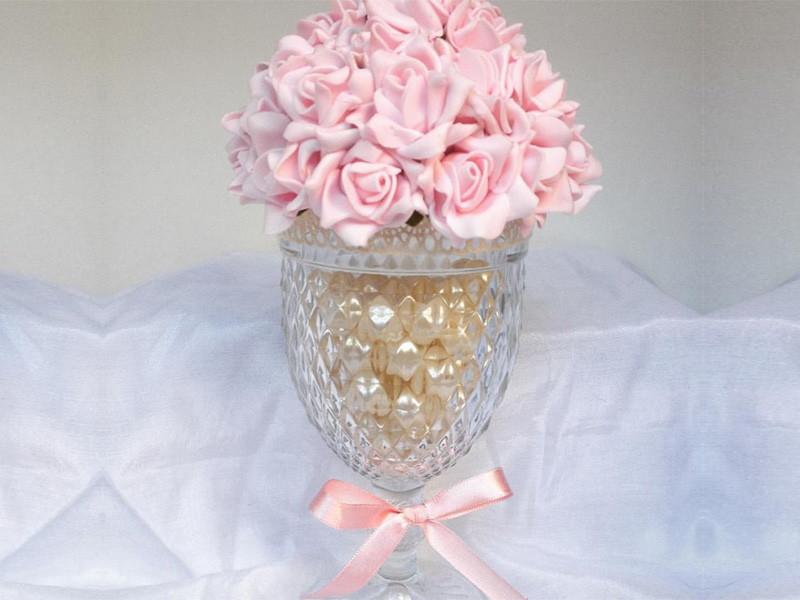 Taça de vidro c flor de EVA DOCE SONHO  PRESENTE COM CARINHO