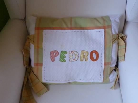 Almofada para quarto bebê  ai que lindo artesanato  Elo7