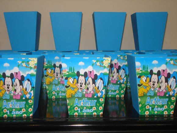CACH�PO M DISNEY B - KIT COLORIR E P. B.