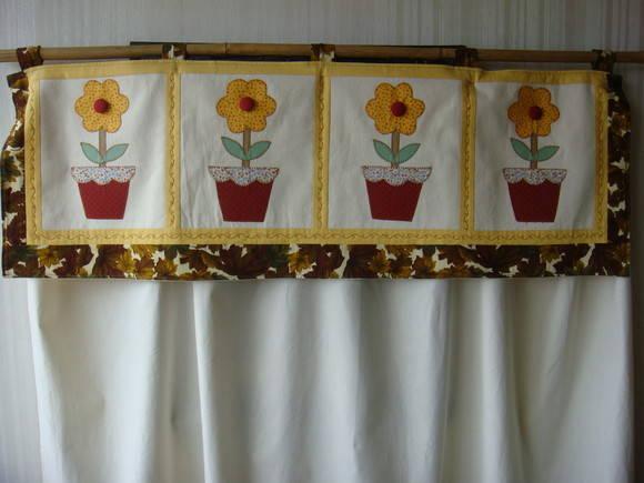 Cortina em Patchwork Flores  Fafa Arte  Elo7