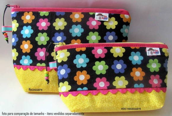 Necessaire Power Flower