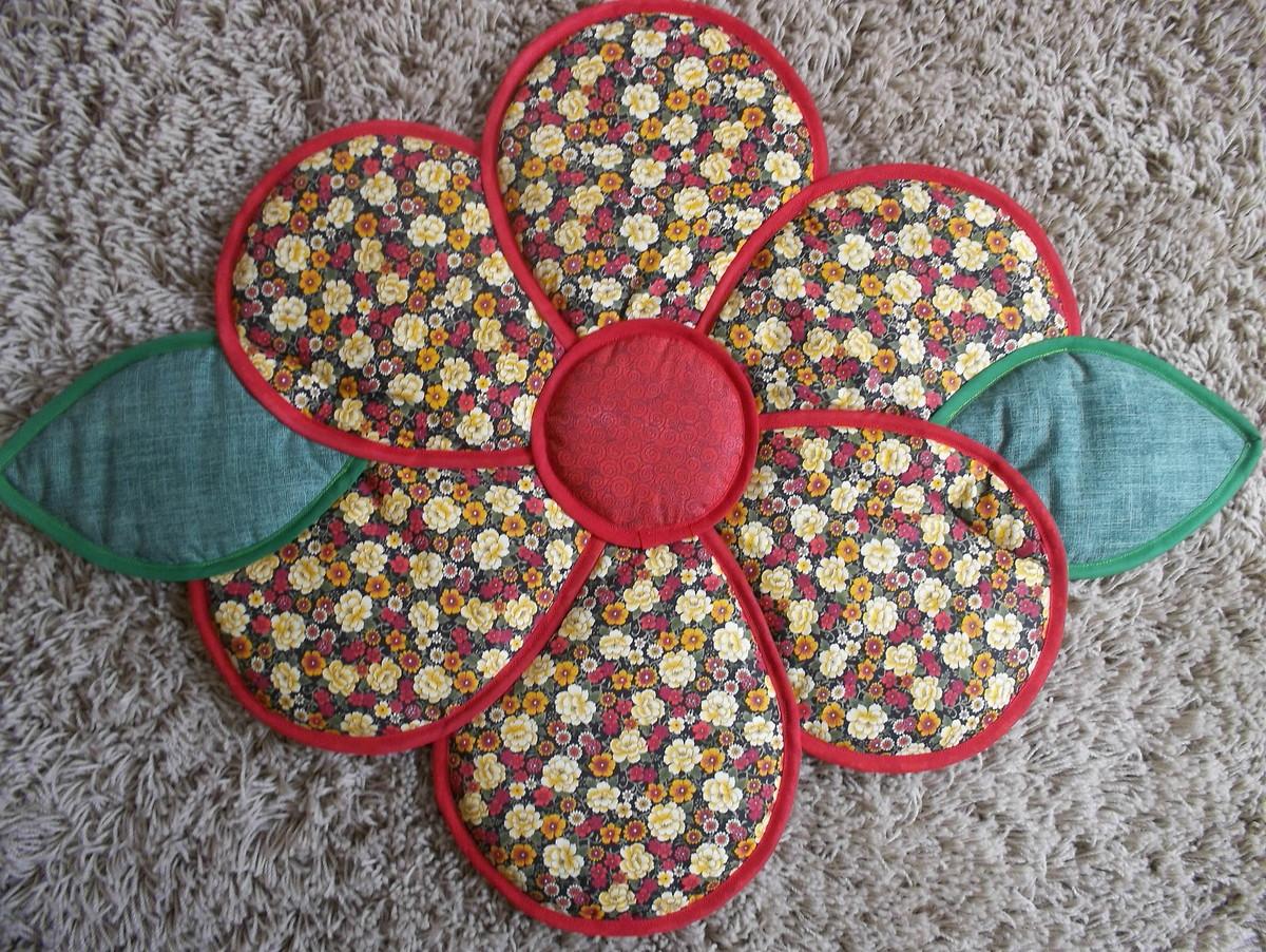 tapete de flor mimos em tecido by bianca dutra elo7. Black Bedroom Furniture Sets. Home Design Ideas