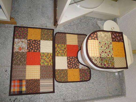 Patchwork Em Tapete De Banheiro : jogo-de-tapetes-banheiro-patchwork jogo-de-tapetes-banheiro-patchwork