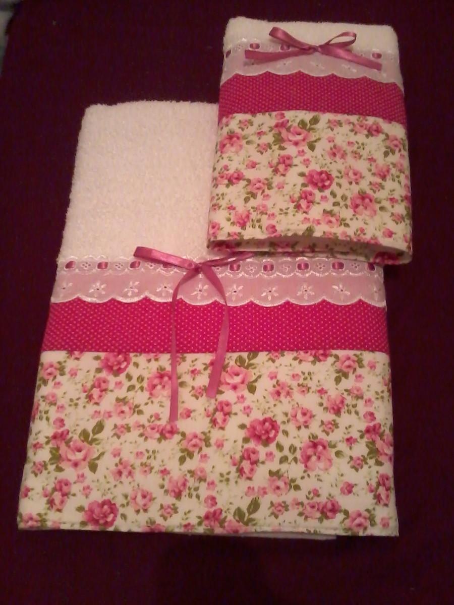 Jogo de toalhas patchwork atelier rna artesanatos elo7 - Casas de patchwork ...