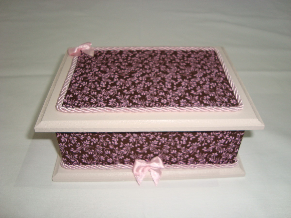 caixa de madeira decorada com tecido caixa de madeira decorada com  #834858 1200x900