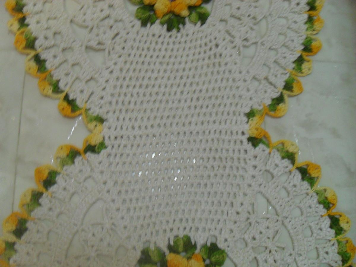 tapetes de croch com flor tapetes artesanais elo7. Black Bedroom Furniture Sets. Home Design Ideas