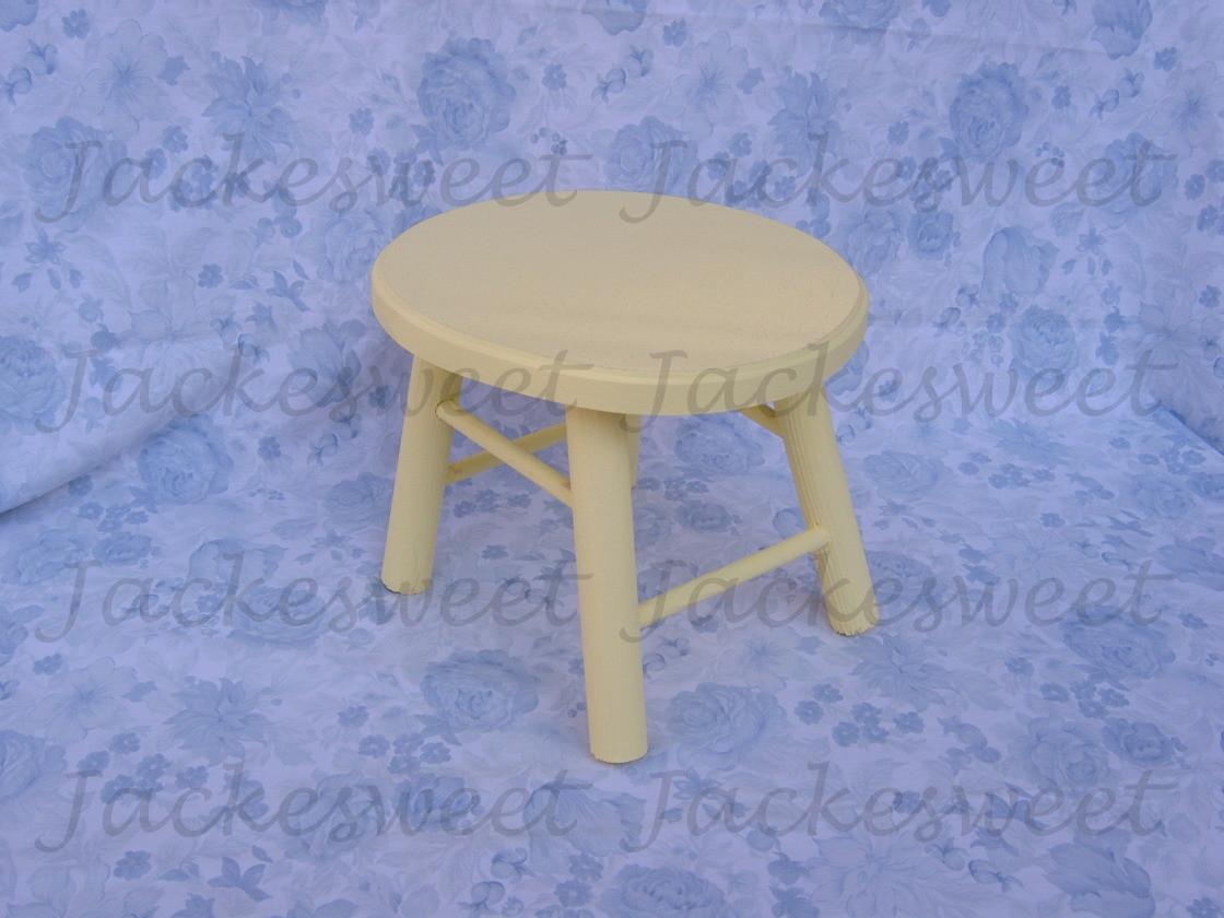 em madeira amarelo banquinho em madeira amarelo banquinho em madeira  #30449B 1120x840