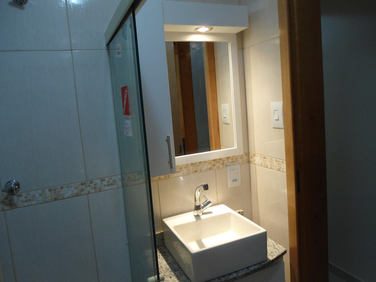 Armário de banheiro  LeandroGPmóveis  El -> Armario De Banheiro Aura