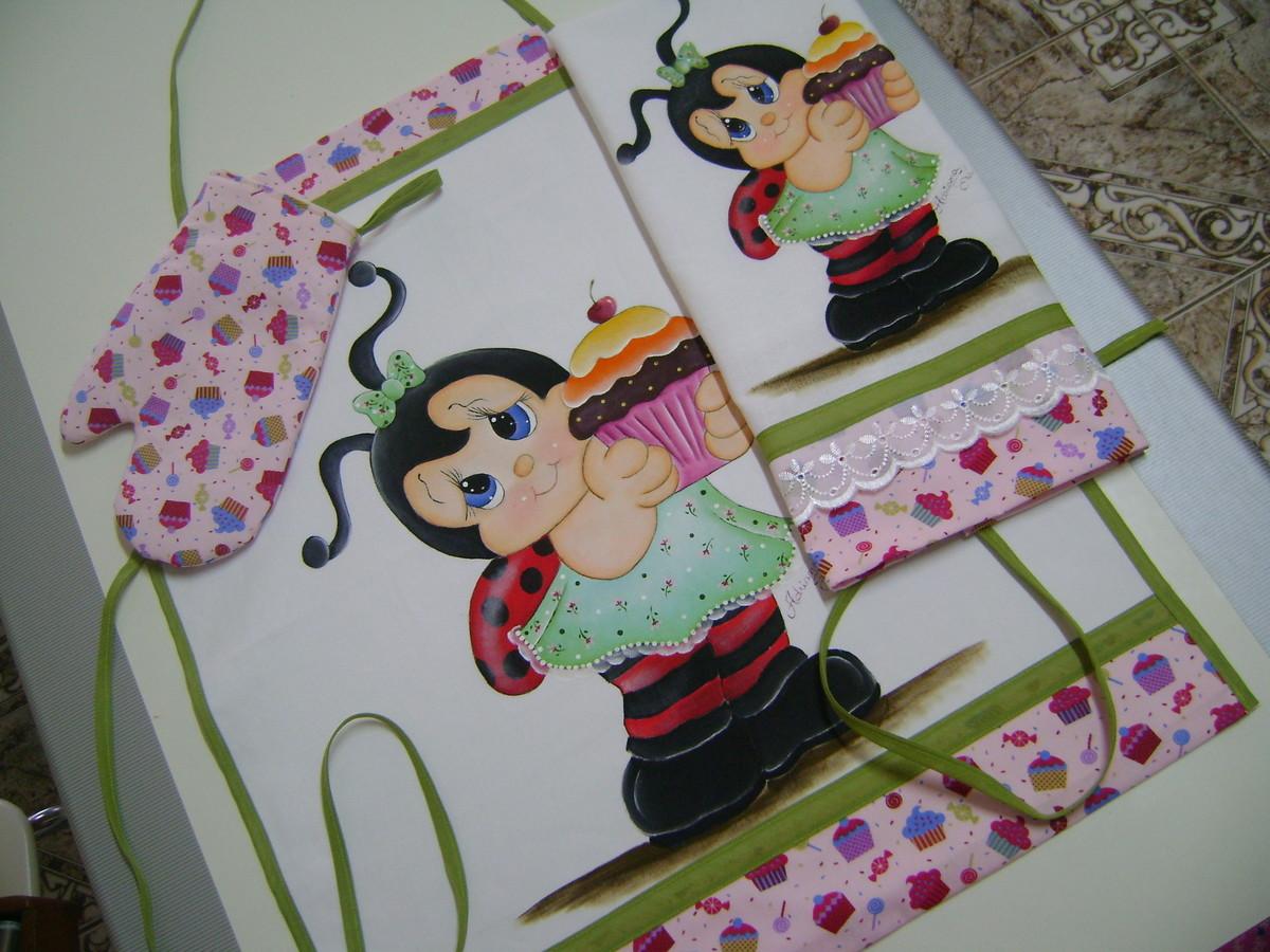Kit Cozinha Joaninha Cupcake  ATELIE DA DRICA  Elo7 # Kit Cozinha Pequena